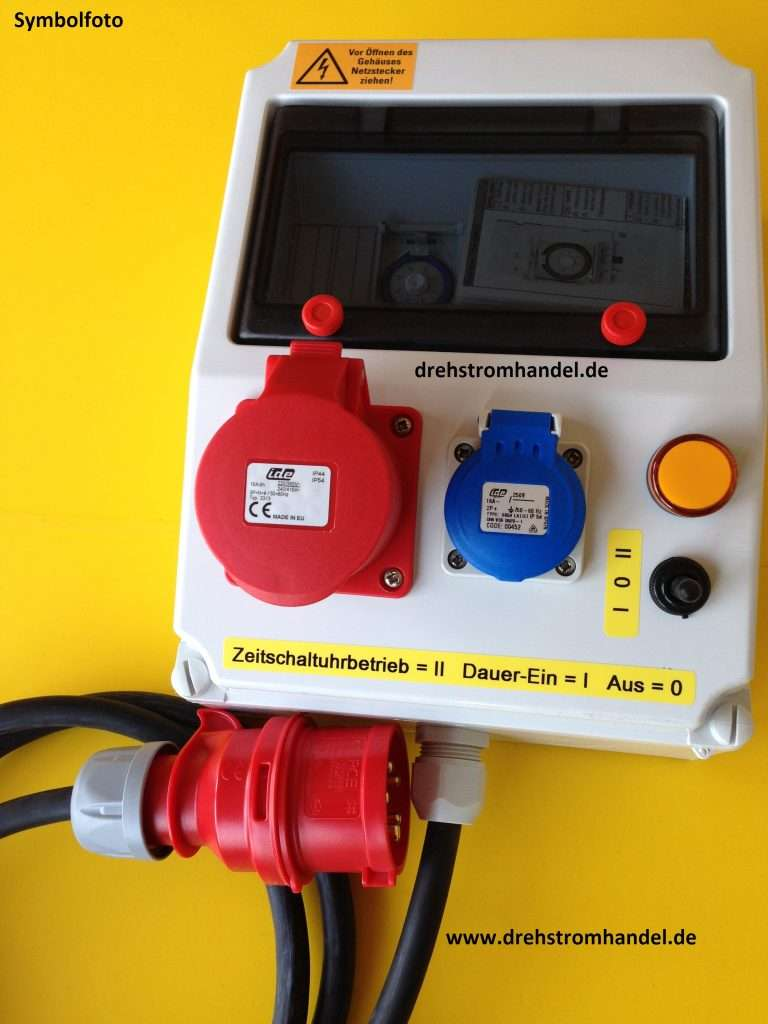 Zeitschaltuhr Drehstrom 3-Phasen 400 Volt Drehstrom / Kraftstrom, Zuleitung Gummischlauchleitung mit CEE-Stecker, Kontroll-Lampe